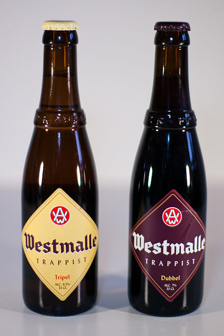 440px-Westmalle_-_2_bouteilles.jpg