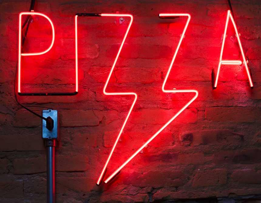 pg-pizza-sign-with-red-led-light-1582179